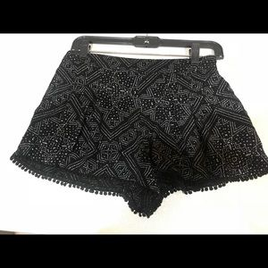 Ecote tribal pattern flowy shorts